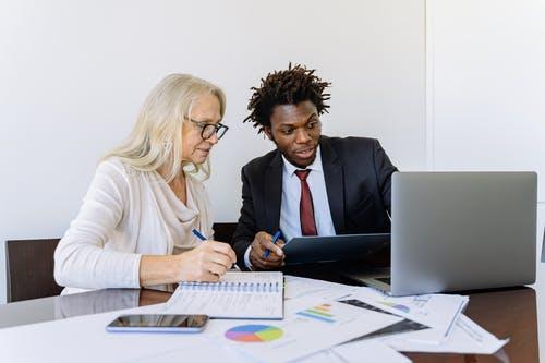 Devenir un expert en immobilier: une bonne idée pour une reconversion professionnelle